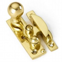 Locking Claw Fastener with Small Bun Knob[[[[